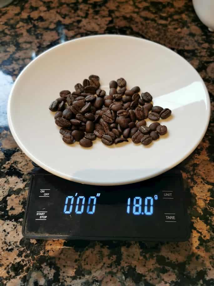 18g nicaraguan coffee on a scale