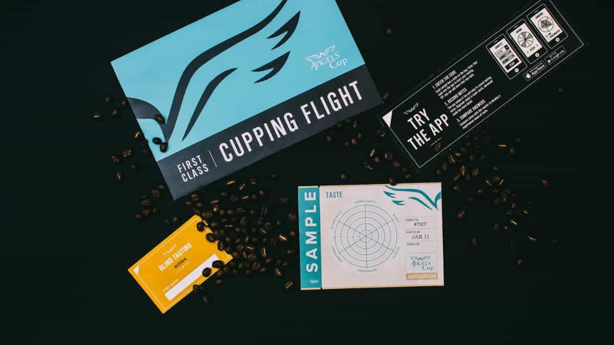 cupping flight