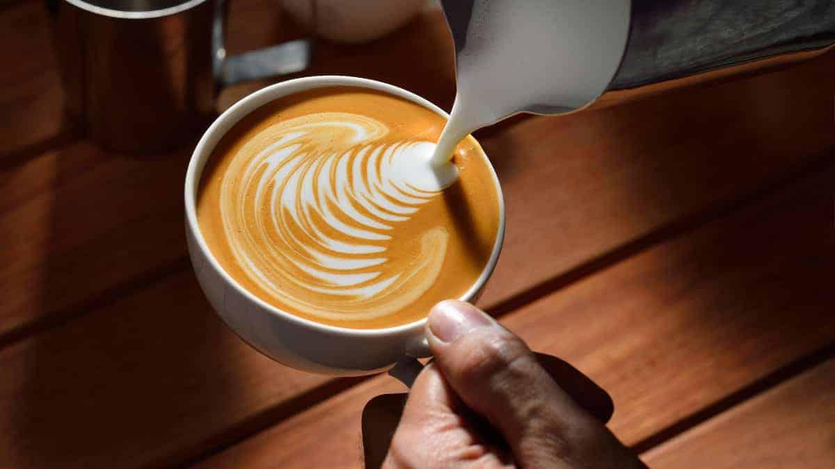 latte art foamed milk