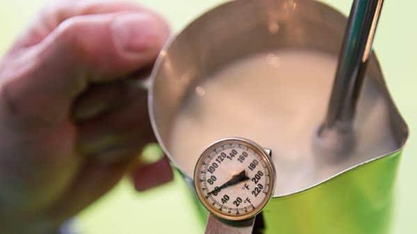 aerating milk