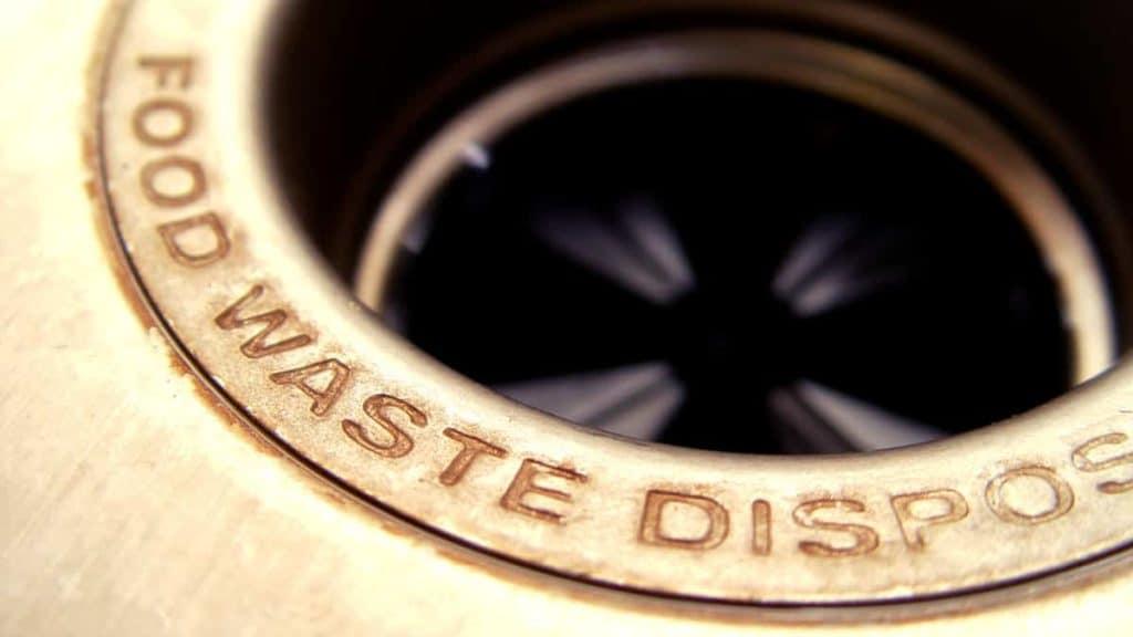 garbage disposing machine